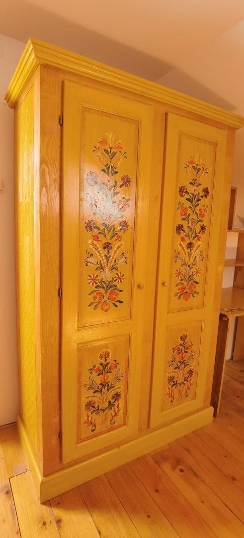 Cazare - Apartament Camera 2 - La Bradul Inalt